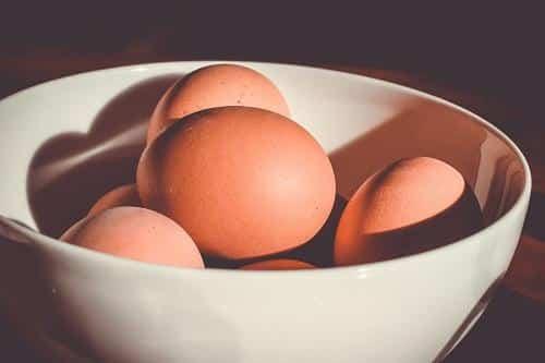 Πως θα καταλάβετε εάν τα αβγά (της κότας) είναι φρέσκα