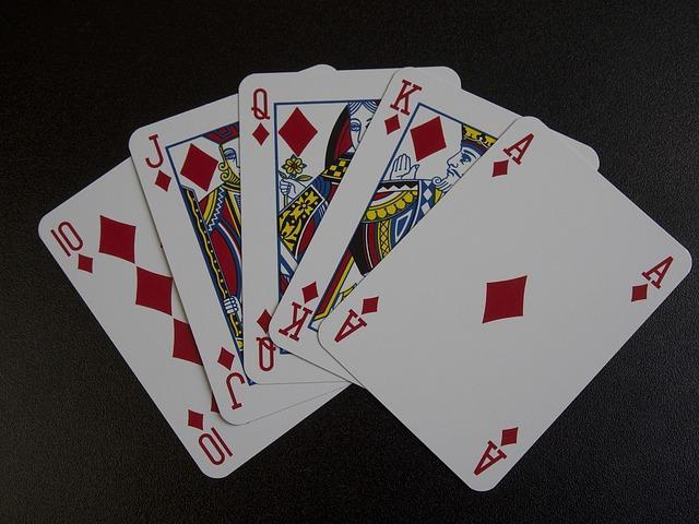 Το flush royal στο πόκερ, το όνειρο κάθε παίκτη. Συμβαίνει, αλλά σπάνια...