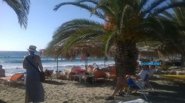 Κίνι, μία από τίς όμορφες παραλίες τού νησιού, το λεωφορείο σάς αφήνει ακριβώς μπροστά στήν θάλασσα με εξαιρετική ακρίβεια στα δρομολόγιά του...