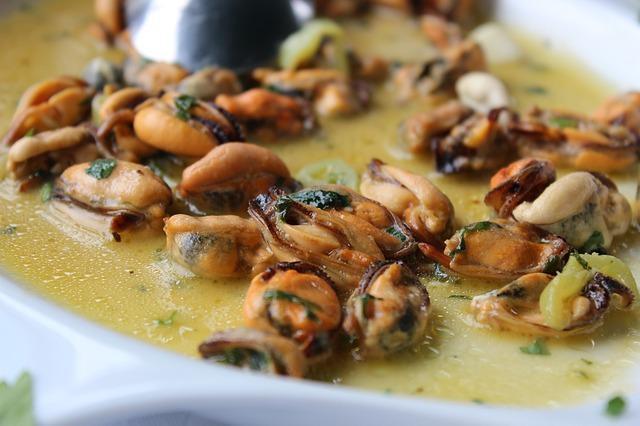 Πως θα φτιάξετε μύδια σαγανάκι, συνταγή Θεσσαλονίκης