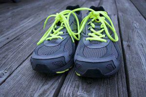 Αθλητικά παπούτσια, ρούχα και αξεσουάρ στο ίντερνετ